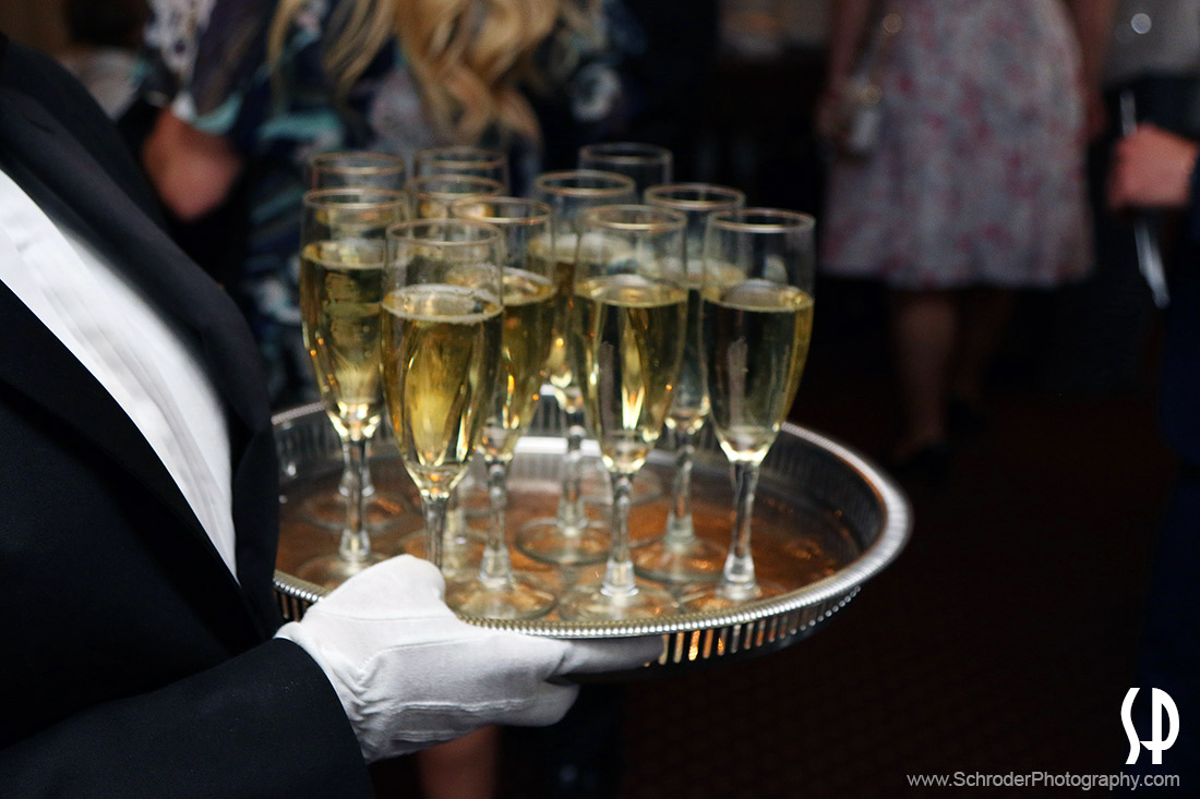 Right after the ceremony the Park Savoy staff started serving Champagne to the guests