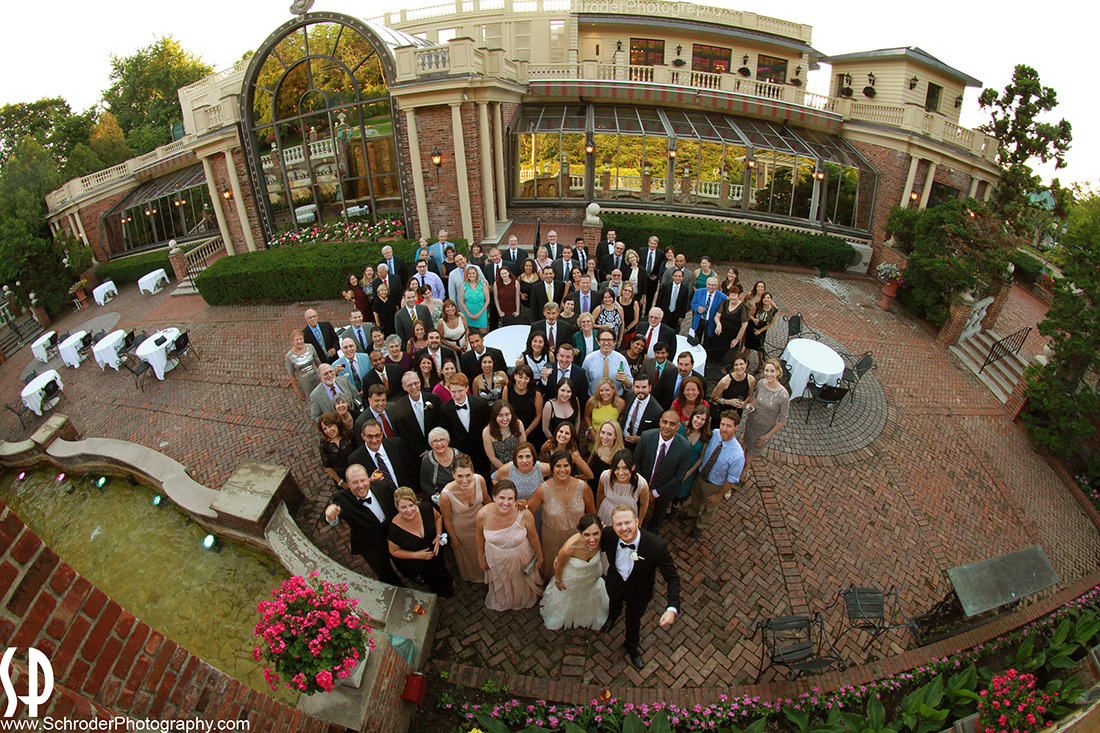 A shot of everyone that attended this wedding at The Manor