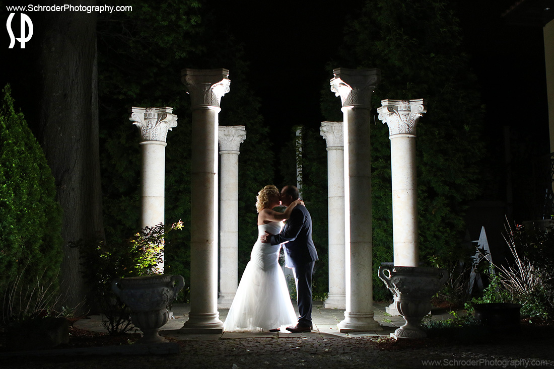 Later in the evening we snuck out for a few minutes and I took the photo of the couple outside by the columns
